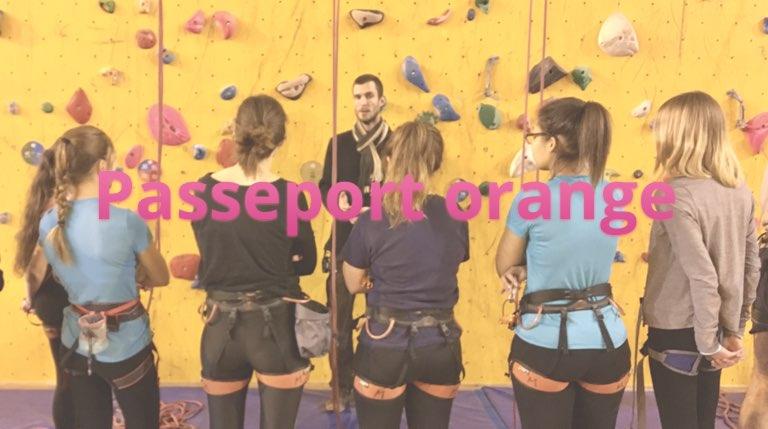 Groupe de grimpeurs chez Atoutprises